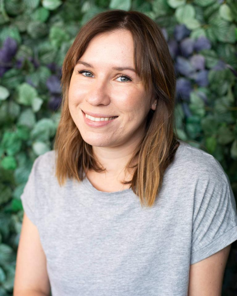 Laura - Yoga Teacher
